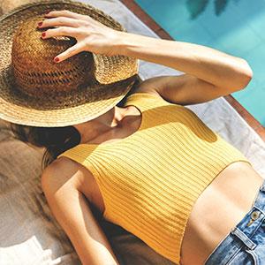 Get a Free UV or Spray Tan